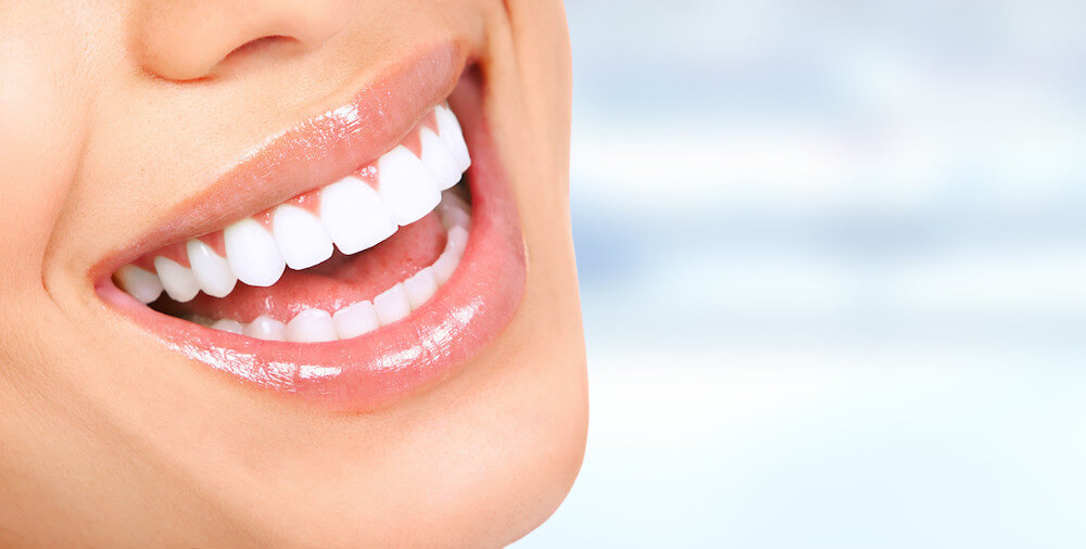 Dental Teeth Whitening vs. At-Home Treatments: Why You Need to Zoom!